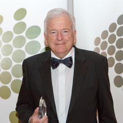 Founding director of QBI, Professor Perry Bartlett, has been awarded another prestigious honour.