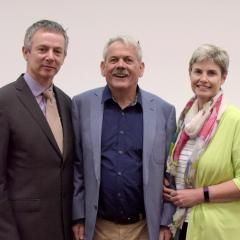 Jurgen Gotz, with John and Glenys Quinn