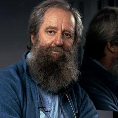 Emeritus Professor Jack Pettigrew.